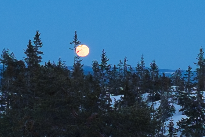 Månen i RAW